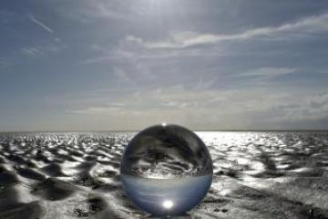 ball beach clouds 219874